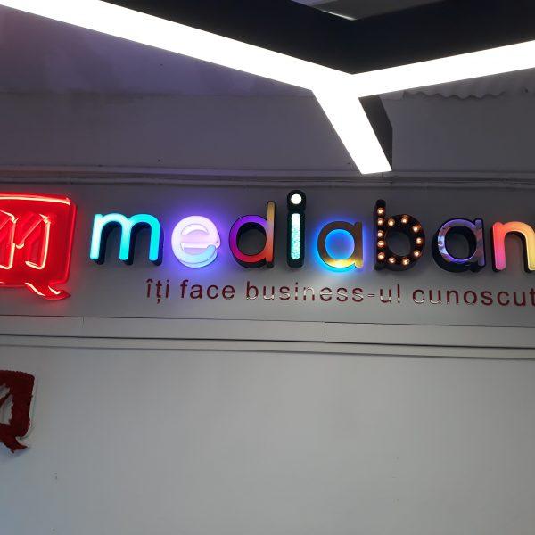 Reclame luminoase Mediabank 3