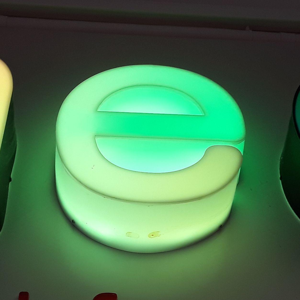 Reclame luminoase Litera e - model cant luminos