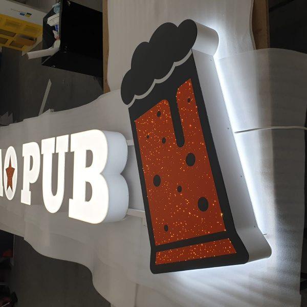 Reclamă luminoasă million stars în atelier - Mao Pub