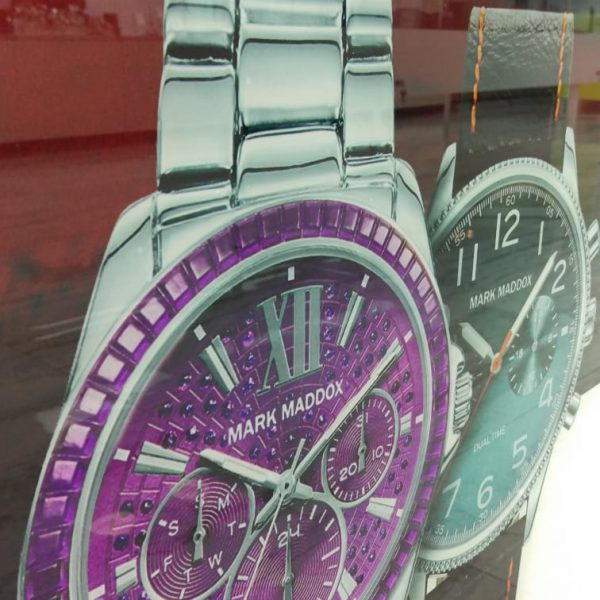 Panouri de postere cu aspect de sticlă - 2 ceasuri de mână