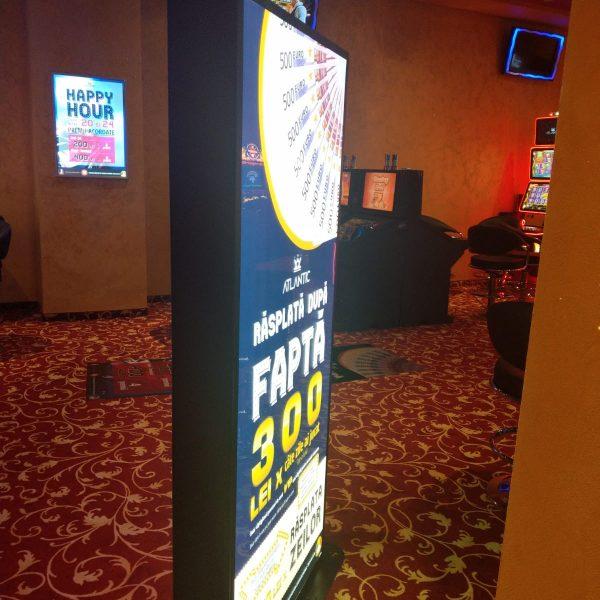 Totem luminos cu față magnetică - Casino