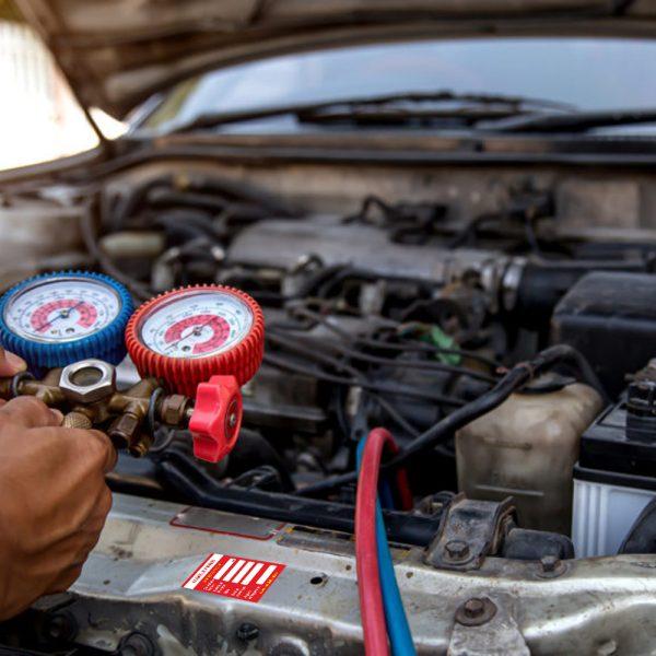 Etichetă aer condiționat auto pe radiator